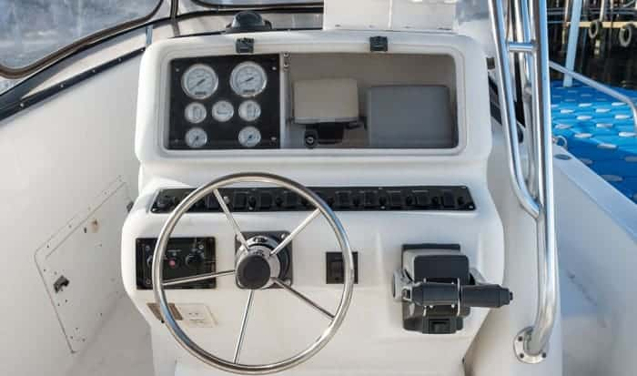 Why-are-boat-steering-wheels-on-the-left
