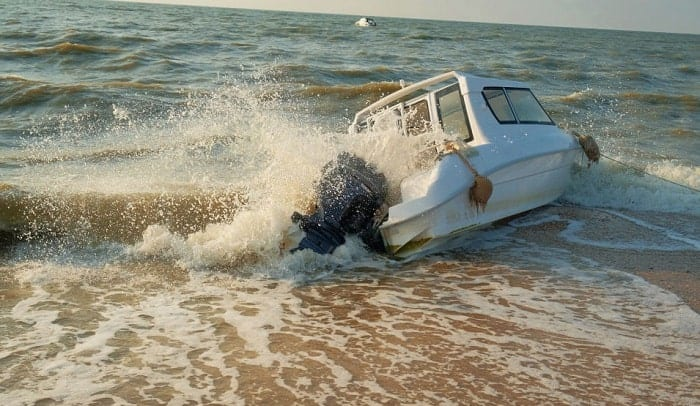 What-do-you-do-if-your-boat-capsizes