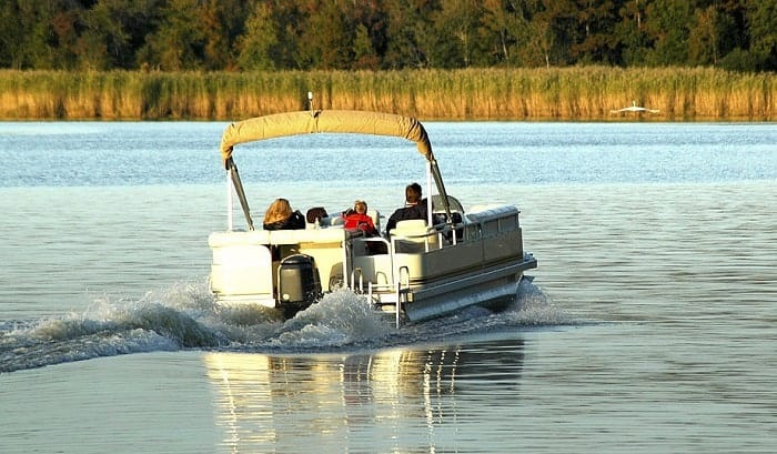 How-wide-does-a-boat-slip-need-to-be-for-a-pontoon-boat