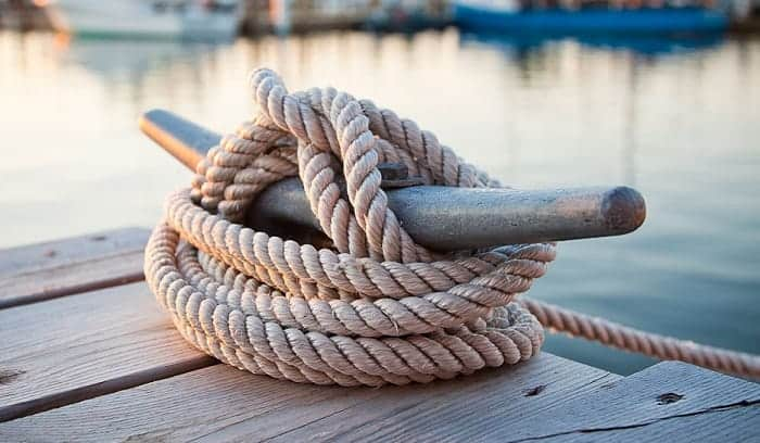 Knots-for-Tying-Boats-to-Docks