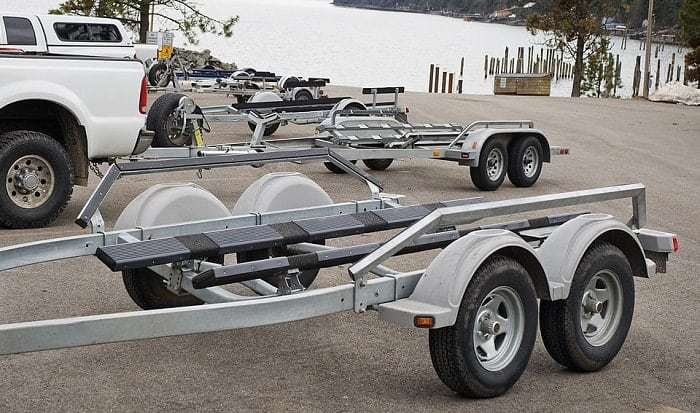 best-type-of-paint-for-boat-trailers
