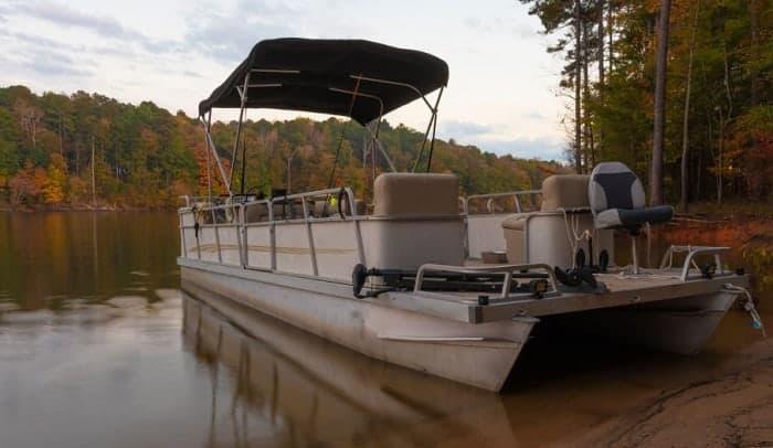 premium-pontoon-boat-seats
