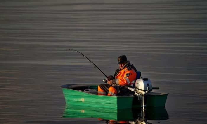 jon-boat-swivel-seats