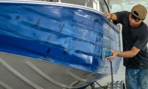 how to clean an aluminum boat