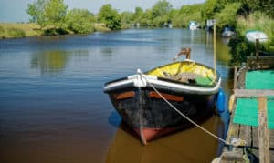 how to remove pitting from aluminum boats