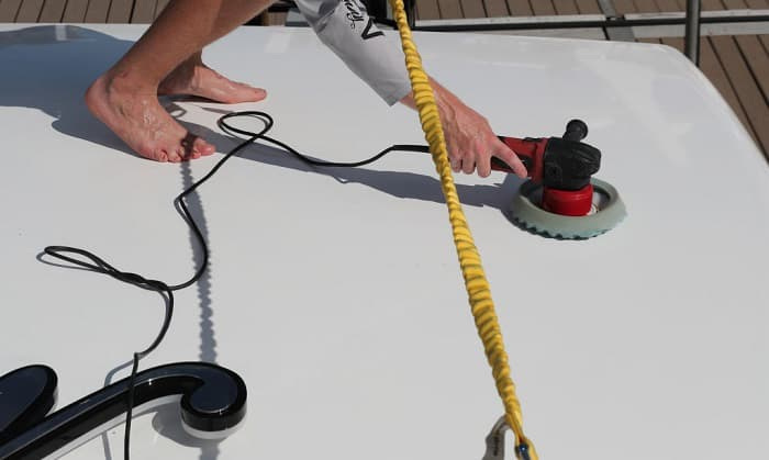 how to wax a boat with a buffer