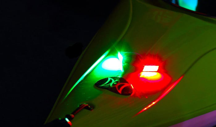 battery-powered-boat-lights