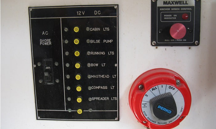 boat-battery-switch-installation