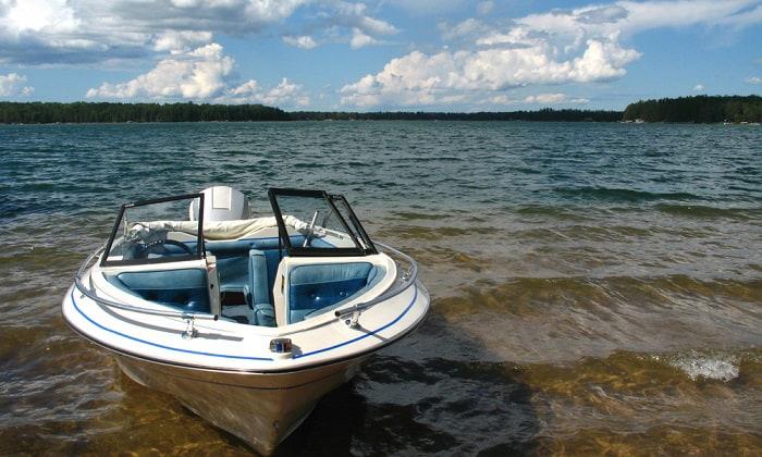 get-rid-of-an-old-fiberglass-boat